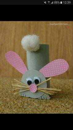 Tinker Easter bunnies made easy - 25 cute Easter bunnies .-Osterhasen basteln leicht gemacht – 25 süße Osterhasen Bastelideen Easter bunnies make out of toilet paper rolls - Bunny Crafts, Easter Crafts For Kids, Toddler Crafts, Preschool Crafts, Diy For Kids, Paper Easter Crafts, Crafts Toddlers, Crafts For Children, Children Toys