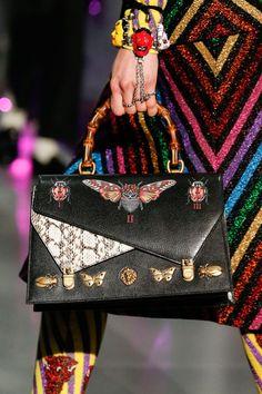 Gucci Fall 2017 Ready-to-Wear Fashion Show Details The complete Gucci Fall 2017 Ready-to-Wear fashion show now on Vogue Runway. Fashion Week, Fashion Bags, Fashion Accessories, Fall Fashion, Small Shoulder Bag, Chain Shoulder Bag, Gucci Handbags, Purses And Handbags, 2017 Handbags