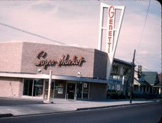 15th Street Genetti Market, Hazleton,  PA - 1954