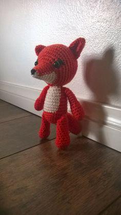 Virkaten: Virkattu kettu repolainen Fun Projects, Free Pattern, Knit Crochet, Dinosaur Stuffed Animal, Teddy Bear, Knitting, Toys, Blog, Amigurumi