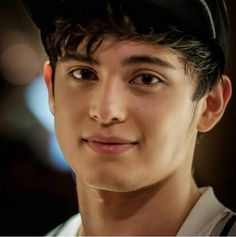 cute naman nk james reid..