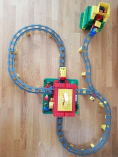 Projects For Kids, Diy For Kids, Straw Rocket, Thomas And Friends Toys, Lego Duplo Train, Box Container, Legos, Crafts, Design