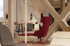 Aún estás a tiempo de descubrir las colecciones Mood y Spirit en la exposición XL/xs, comisariada por @Ramon Esteve Estudio  #Porcelanosa #Noken #Systempool #Krion #innovación #diseño