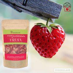 Fresas deshidratadas 😋🍓😍 NATURAL, SIN GLUTEN, SIN HORNEAR Y FREÍR, VEGANO. 🍓 Elaborado con ❤️ en 🇪🇸. Bolsa de 33gr. #driedfruit #dietasana #snack #snacks #ecologico #saludable #delicioso #vegano #singluten #chips #fresa #deshidratada #dehydrated #erdbeeren #strawberry #mjam #ricorico #foody