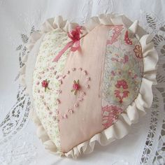Shabby Chic Heart Shaped Pillow by bstudio on Etsy Shabby Chic Hearts, Style Shabby Chic, Shabby Chic Pillows, Patchwork Cushion, Patchwork Heart, Fabric Hearts, Heart Pillow, Heart Cushion, Pillow Talk