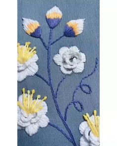 Hand Embroidery Patterns Flowers, Hand Embroidery Projects, Hand Embroidery Videos, Embroidery Stitches Tutorial, Embroidery Flowers Pattern, Creative Embroidery, Simple Embroidery, Hand Embroidery Designs, Art Patterns