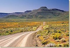 This poort primarily serves the local farming community to the south of Calvinia in the Northern Cape's Tankwa Karoo. It is a rough gravel road th. African Countries, Countries Of The World, Namibia, Africa Travel, Places To See, South Africa, Landscape Photography, Beautiful Places, Scenery