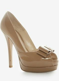 Fendi Nude Bow Pump, I love these!!