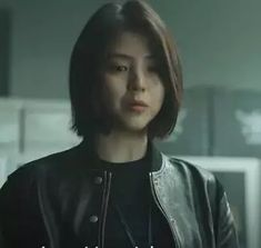 My Name Actress Han So Hee Biography South Korean actress Han So Hee has been thrust into the spotlight by made her fearless appearance in the Netflix new series My Name on October 15. In this series, Director Kim Jin-min featured her in the lead character of Yoon Ji-woo, whose father, Yoon Dong-hoon (Yoon Kyung-ho), […]