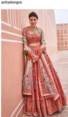 Ideas Wedding Reception Outfit For Bride Pant Suits Indian Bridal Outfits, Indian Bridal Lehenga, Indian Bridal Wear, Indian Dresses, Bridal Dresses, Indian Wear, Indian Clothes, Indian Style, Wedding Reception Outfit