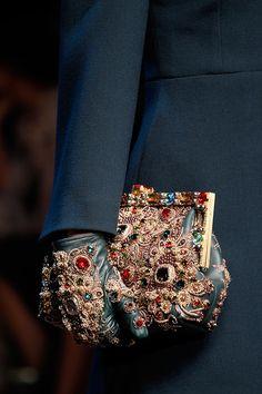quiethandsquietkiss:  Dolce & Gabbana Fall 2014 RTW