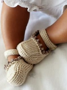 Cute Booties from Celebrating Family: Book by Debbie Bliss | Knitting Fever