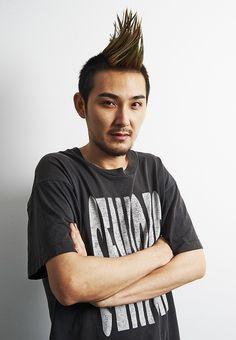 モヒカンヘアに初挑戦する松田龍平