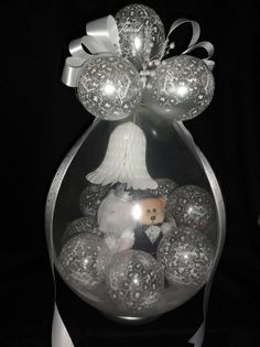 diy balloon stuffer - Google Search Balloon Crafts, Balloon Gift, Balloon Arch, Balloon Ideas, Balloons And More, Big Balloons, Wedding Balloon Decorations, Wedding Balloons, Ballon Arrangement