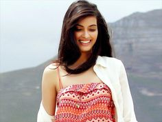 Diana Penty Wallpapers #dianapenty #bollywood #bollywoodwallpapers