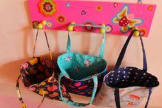 Mini Tote bag réversible : TUTO » croquelavieenrose.fr - La petite vie en rose d'Anouk, Maïa et Azia. Creation Couture, Tote Bag, Mini, Creations, Sewing, Rose, Bags, Gadgets, Crochet