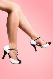 Pinup Couture 40s Smitten T-Strap D'orsay pumps black white_22-2635