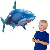air swimmer pesci volanti