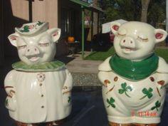Shawnee Smiley Pig Clover Cookie jars.