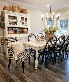 If you are looking for Farmhouse Dining Room Design Ideas, You come to the right place. Below are the Farmhouse Dining Room Design Ideas. Dining Room Design, Dining Area, White Dining Room Table, Dining Room Hutch, Country Dining Rooms, Dinning Room Ideas, Black And White Dining Room, Black Dining Room Furniture, Design Room