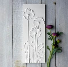 Poppies Plaster Cast Tile Mounted on Wood botanical artAre you interested in our Poppies plaster wall art? With our Poppies plaster cast plaque you need look no further.Relief plaster casts of flowers and interesting objects made into wall plaques - Fiona Plaster Cast, Plaster Walls, Hot Glue Art, Wal Art, Clay Wall Art, Tuile, Art Mural, Garden Gifts, Botanical Art