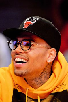 Chris Brown Outfits, Chris Brown Style, Breezy Chris Brown, Chris Brown Clothing, Chris Brown Fashion, New Chris Brown, Chris Brown Daughter, Chris Brown Quotes, Chris Brown Videos