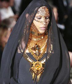 Dubai Saudi Arabian Woman
