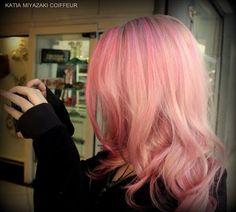 Katia Miyazaki Coiffeur - Salão de Beleza em Floripa: Coloração de Cabelo Rosa Gold - Salão de Beleza Al...