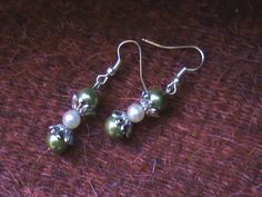 pearl earrings   Handmade Love FabriCreations by Olga