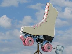 Vintage roller skate sign!  I had a pair of skates that looked just like this! My boyfriend (now husband for 33 years!)  gave them to me in 1980 and we skated our way across the years :)