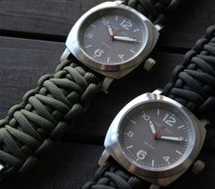 Traveler Paracord Watch Uses Emergency Survival Paracord As The Strap
