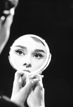 Richard Avedon, 1956, Black and White Photography Portrait, Audrey Hepburn.