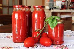 Passata di pomodori in conserva