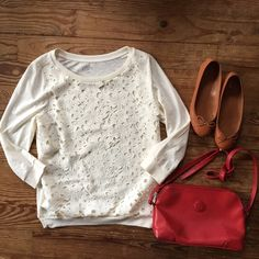 Loft eyelet long sleeve top Adorable top from loft, that is a perfect addition for spring/summer. It's a size xs, new, I have never worn this top. ❌no trades ❤️will bundle LOFT Tops