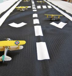 Airplane Runway Table - Black table cloth with white ducktape stripes. Easy and inexpensive. Planes Birthday, Planes Party, Airplane Party, Girl Birthday, Airplane Room, Birthday Ideas, Birthday Cakes, Happy Birthday, Retirement Parties