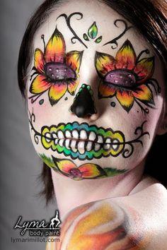 sugar eye decorations | ... sugar skull design. It's Scream by Seth DuBois . Look at those eyes