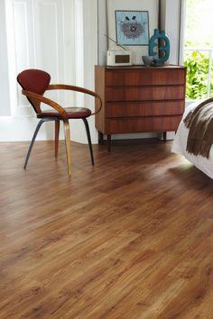 Knight Tile Victorian Oak | Karndean Designflooring | Contemporary Scandinavian Style Luxury Vinyl Flooring, Luxury Vinyl Tile, Vinyl Plank Flooring, Kitchen Flooring, Kitchen Colors, Kitchen Design, Kitchen Ideas, Karndean Flooring, Waterproof Flooring