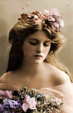 One of the Most Beautiful Edwardian Actresses – The Beauty of Young Gladys Cooper Through Colorized Postcards