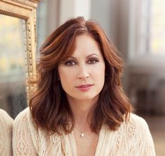 We saw Linda Eder at the Sellersville Theater...What a voice!...Sorry, Barbara and Celine, she is the best!
