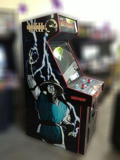 [+]  Mortal Kombat 2 Arcade Game