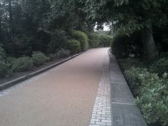 RonaDeck Resin Bound Surfacing laid onto macadam by PRC Landscapes in Bradford.