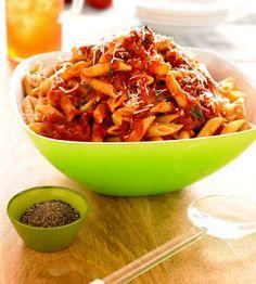 Pasta with Fresh Tomato Sauce - FamilyCircle.com