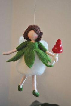 Nadel gefilzt Pilz Fairy Ornament Wolle Puppe: Fee von MagicWool