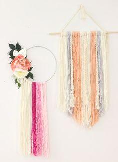 DIY Yarn Art - Loving these dreamcatchers!