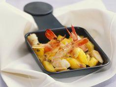 Raclette mit Mango und Garnele - smarter - Zeit: 40 Min. | eatsmarter.de