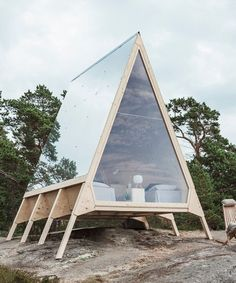 Nolla: A mobile cabin made without a wisp of a carbon footprint Created by Finnish minimalist architecture expert Robin Falck in partnership with marketing company Neste, this mobile cabin is a real game-changer in the world of design and technology. A Frame Cabin, A Frame House, Tiny House Cabin, Tiny House Design, Minimalist Architecture, Architecture Design, Casas Containers, Cabins In The Woods, Shed Plans