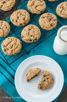 These Ultimate Paleo Chocolate Chip Cookies are my favorite cookies!! They are crispy on the outside, yet soft and chewy on the inside. #glutenfree #paleo