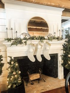 We can finally drag out the garland, taper candles, and Christmas villages to decorate our farmhouse mantels without too many people rolling their… Christmas Fireplace Garland, Gold Christmas Decorations, Christmas Mantels, Black Christmas, Vintage Christmas, Farmhouse Christmas Decor, Black Decor, Holiday Decorating, Winter Time
