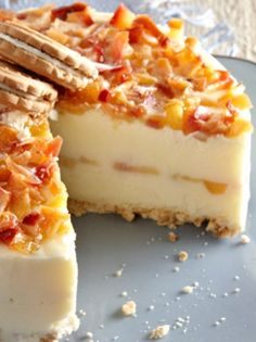 mamadistiko-_maketaolive-magazine.gr Greek Desserts, Greek Recipes, Sweets Recipes, Cooking Recipes, Icebox Cake, Confectionery, Delicious Desserts, Sweet Tooth, Cheesecake