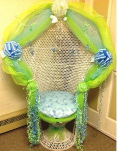 Baby shower chair ideas yellow and green decorate Cheap Dining Chairs, Blue Dining Room Chairs, Baby Shower Chair, Baby Boy Shower, Baby Showers, Baby Slide, Rocking Chair Cushions, Linen Tablecloth, Cool Paintings